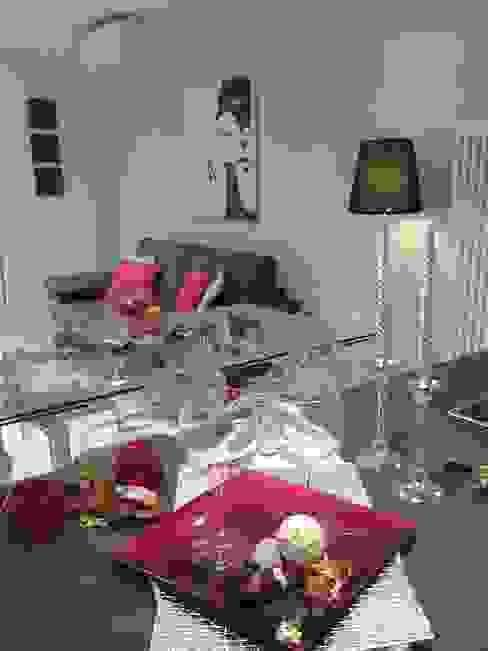 Sala de jantar  por Loredana Vingelli Home Decor