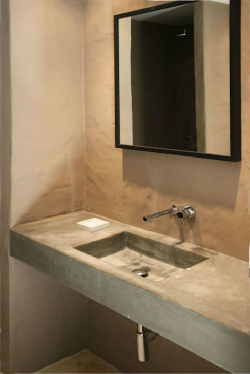 Rustic style bathroom by Germano de Castro Pinheiro, Lda Rustic