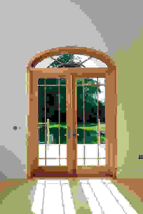شبابيك  تنفيذ Marvin Windows and Doors UK, كلاسيكي