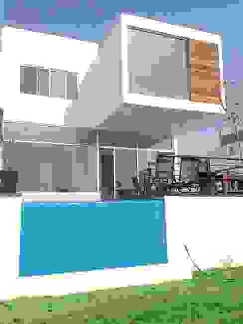 Modern Spa by SANTIAGO PARDO ARQUITECTO Modern