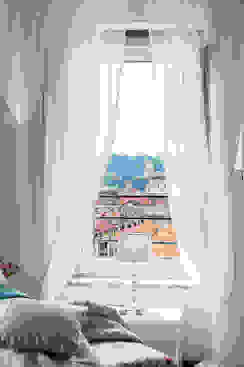 شبابيك  تنفيذ Loredana Vingelli Home Decor, كلاسيكي
