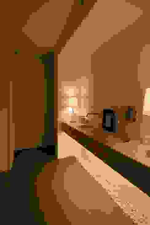 ห้องน้ำ โดย Visual Stimuli, โมเดิร์น