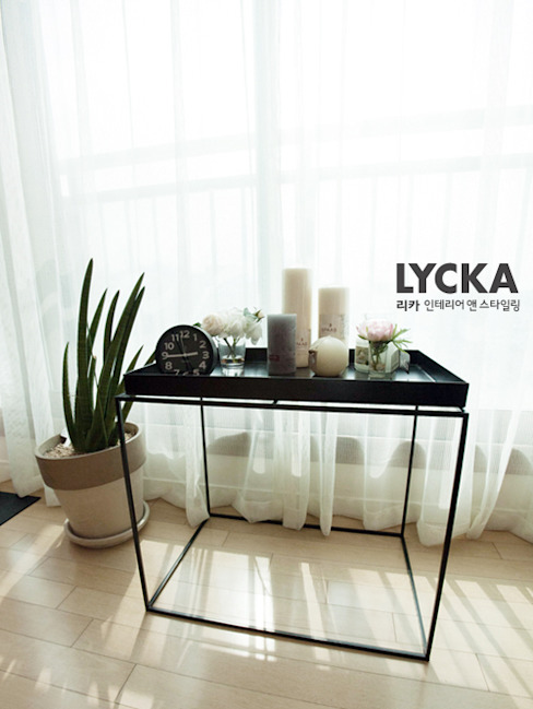 내추럴 스타일 인테리어 역삼그레이튼아파트 스칸디나비아 거실 by LYCKA interior & styling 북유럽