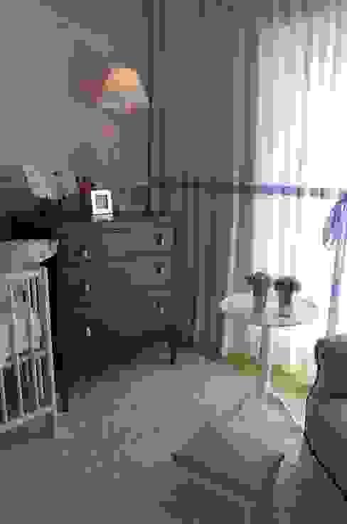 Dormitorios infantiles de estilo  por Critério Arquitectos by Canteiro de Sousa, Ecléctico