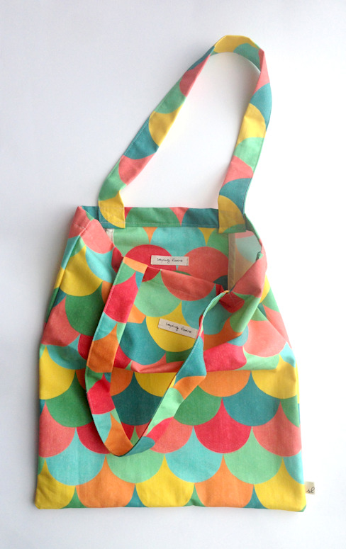 Ginkgo Book Bag: SL design의  가정 용품