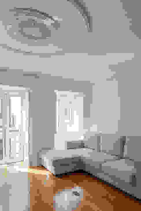 Salones minimalistas de Vanessa Santos Silva | Arquiteta Minimalista