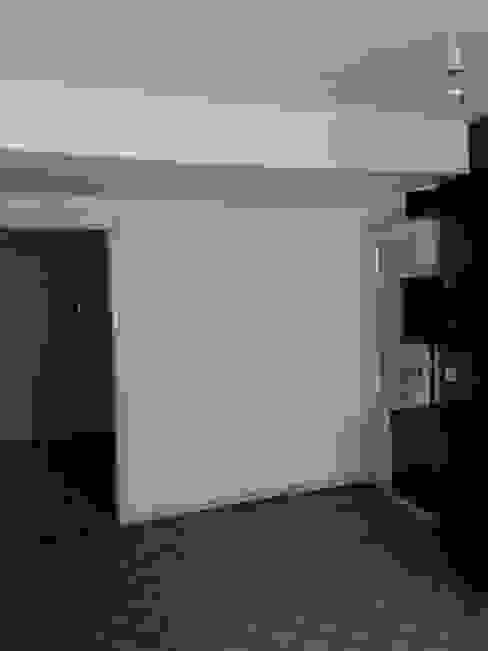 Reforma estilo industrial de un apartamento de 65m2 de auno50 interiorismo Moderno