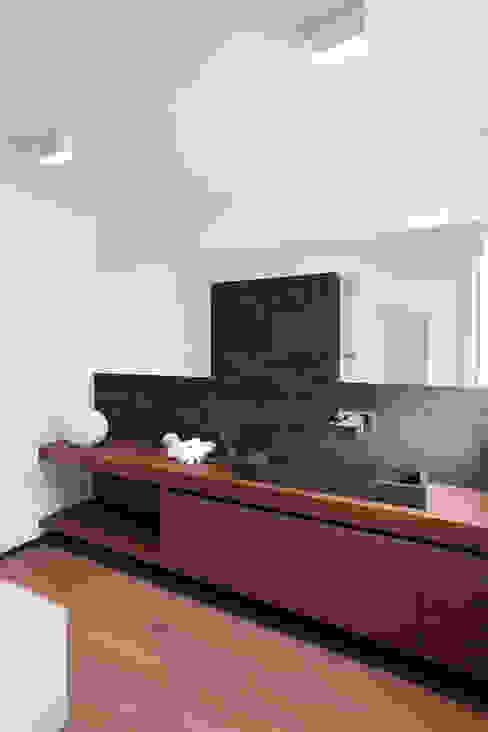Z House Minimalist bathroom by EXiT architetti associati Minimalist Wood Wood effect