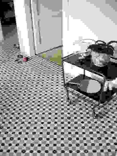 Cementtegels 301 grijs/zwart/wit Mediterrane muren & vloeren van Articima Mediterraan