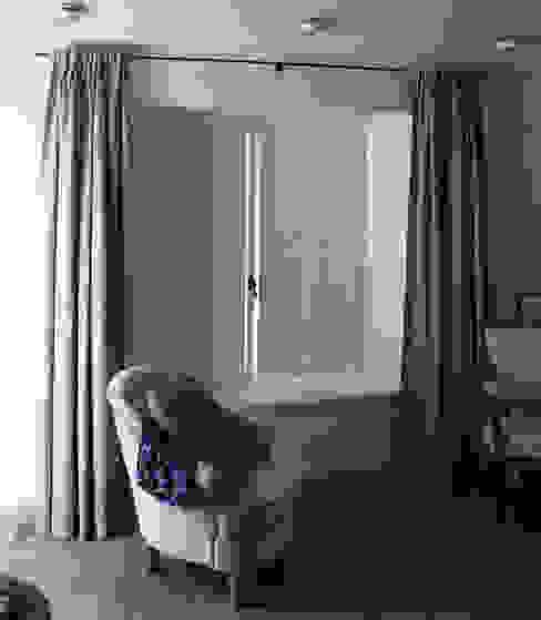 Innenfensterläden von Möbelwerkstatt Cadot Landhaus