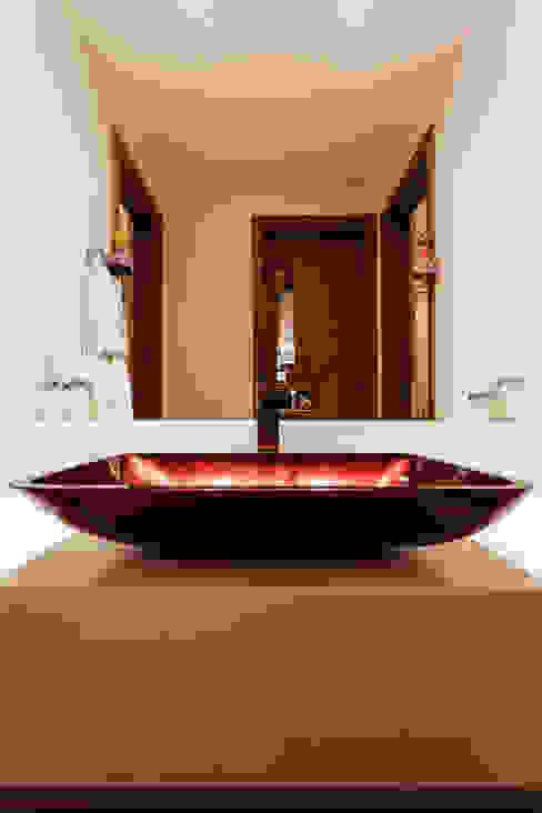 حمام تنفيذ Interiores Iara Santos, كلاسيكي