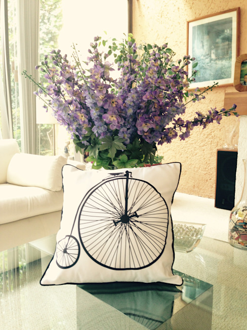 Cojines Decorativos:  de estilo  por Punto&Casa, Rústico