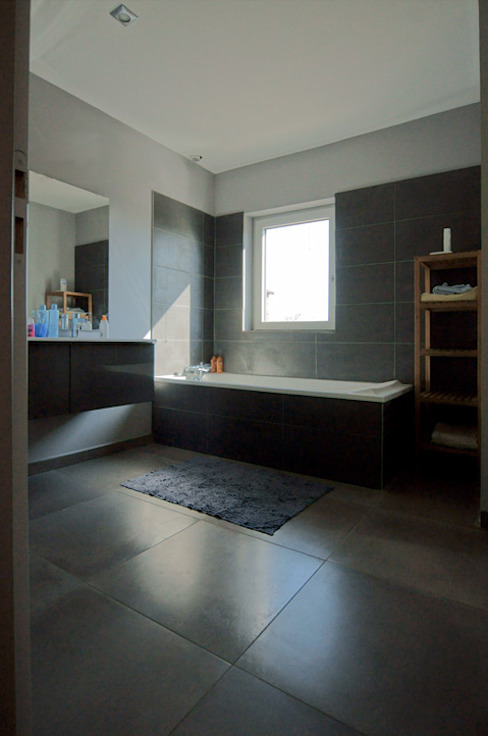 Bathroom by Groupe SOBÖ,