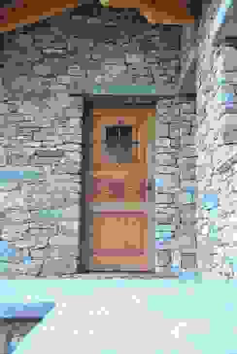 de estilo  por Sangineto s.r.l, Rústico Madera Acabado en madera