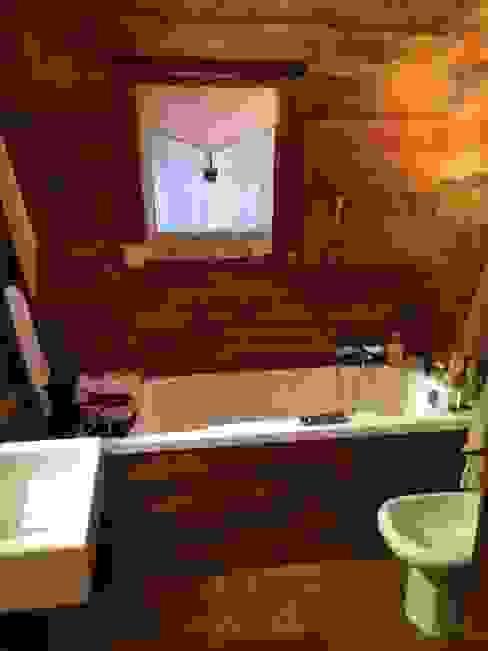 ラスティックスタイルの お風呂・バスルーム の Sangineto s.r.l ラスティック