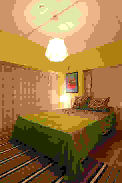 K's HOUSE クラシカルスタイルの 寝室 の dwarf クラシック