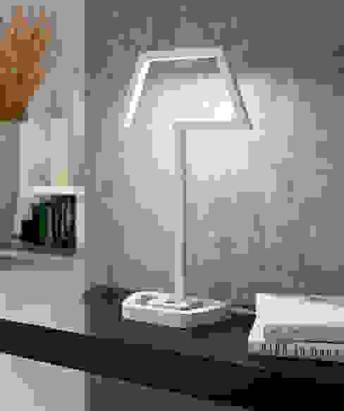 Originelle Tischleuchte in weiß LED:   von click-licht.de GmbH & Co. KG,Ausgefallen