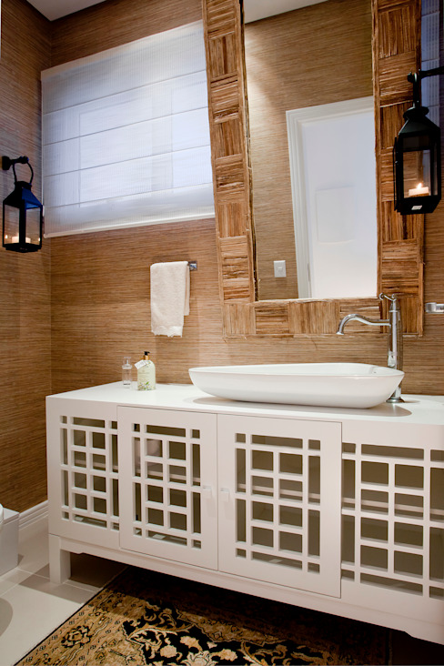 Karla Silva Designer de Interiores Tropical style bathrooms
