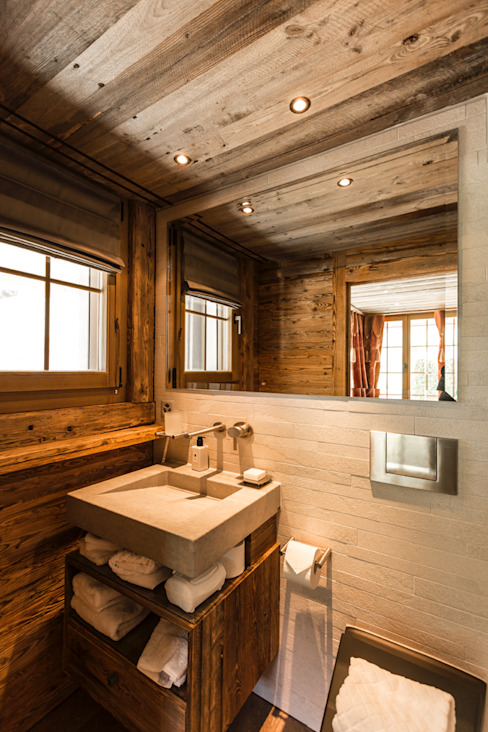 Rustic style bathroom by RH-Design Innenausbau, Möbel und Küchenbau Aarau Rustic Engineered Wood Transparent