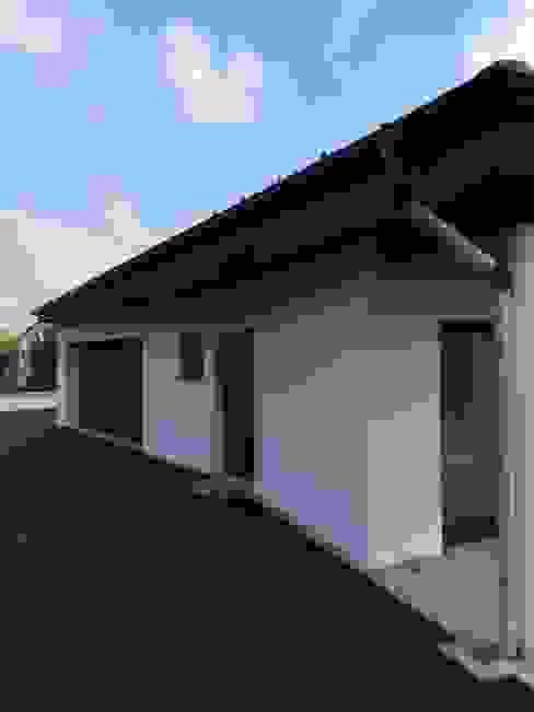 A.FUKE-PRIGENT ARCHITECTE Casas de estilo clásico