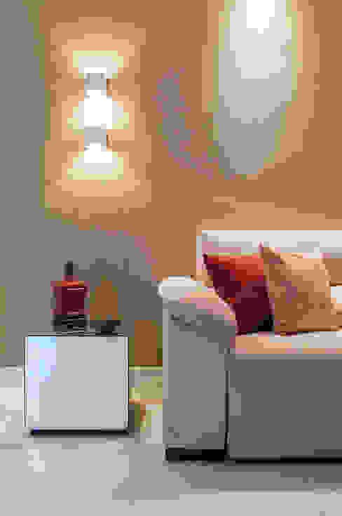 Sala de Estar e Jantar Salas de estar modernas por Millena Miranda Arquitetura Moderno Linho Rosa