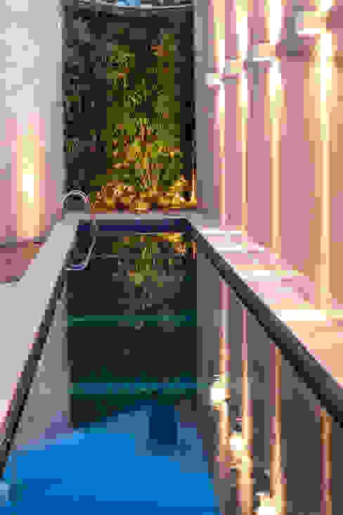 Residência Planalto Piscinas modernas por Estela Netto Arquitetura e Design Moderno