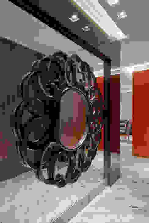 Isabela Canaan Arquitetos e Associados Pasillos, vestíbulos y escaleras de estilo moderno