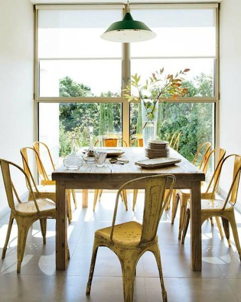 Dining room by HOLACASA,