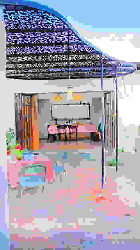 Balcone, Veranda & Terrazza in stile moderno di Juan Carlos Loyo Arquitectura Moderno