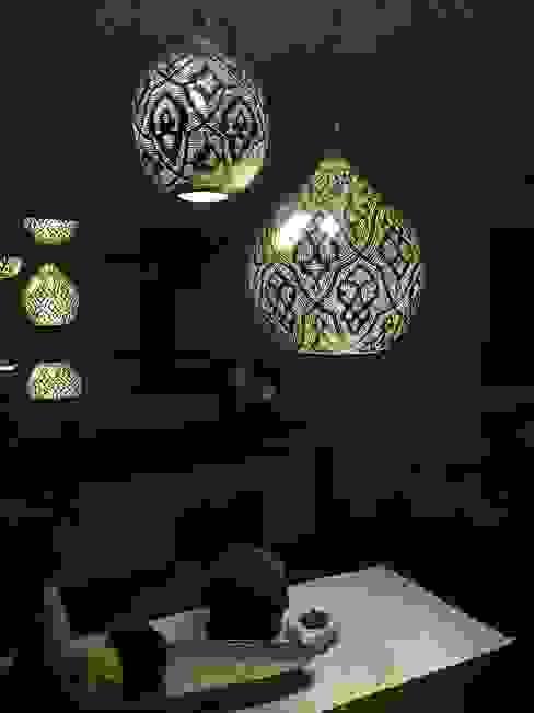 Dining room تنفيذ Oriental Moon,