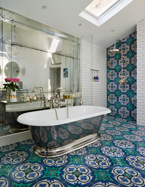 Victorian Terrace House, South-West London Baños mediterráneos de Drummonds Bathrooms Mediterráneo Azulejos
