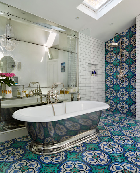 Victorian Terrace House, South-West London Bagno in stile industriale di Drummonds Bathrooms Industrial