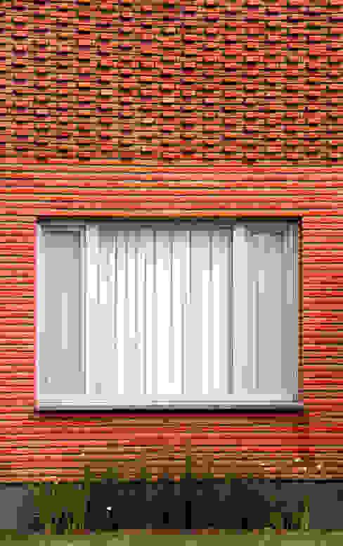 Casas modernas por AGUIRRE+VAZQUEZ Moderno