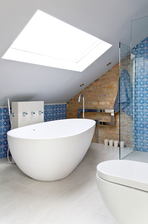 Richmond Full House Refurbishment Minimalist bathroom by A1 Lofts and Extensions Minimalist