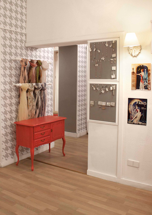 Adeline Labord Interiors Eclectic style dressing rooms