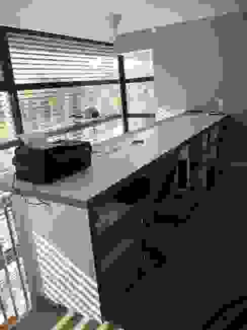Duplex Parc de Bercy Bureau moderne par AADD+ Moderne