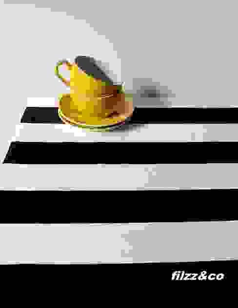 Tischläufer Tischdecke Decke schwarz-weiß gestreift 50x140cm: modern  von filzz&co,Modern Baumwolle Rot
