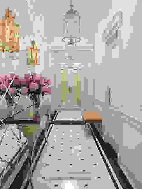 Современные идеи дизайна белой прихожей. Фото 2015 Коридор, прихожая и лестница в классическом стиле от Olga's Studio Классический