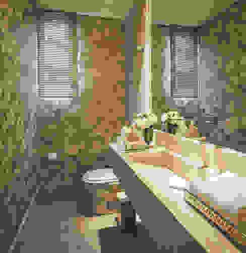 Ванные комнаты в . Автор – Rosangela C Brandão Interiores