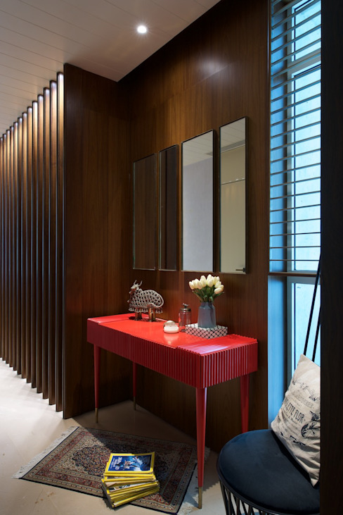 AVS Apartment Modern corridor, hallway & stairs by Atelier Design N Domain Modern