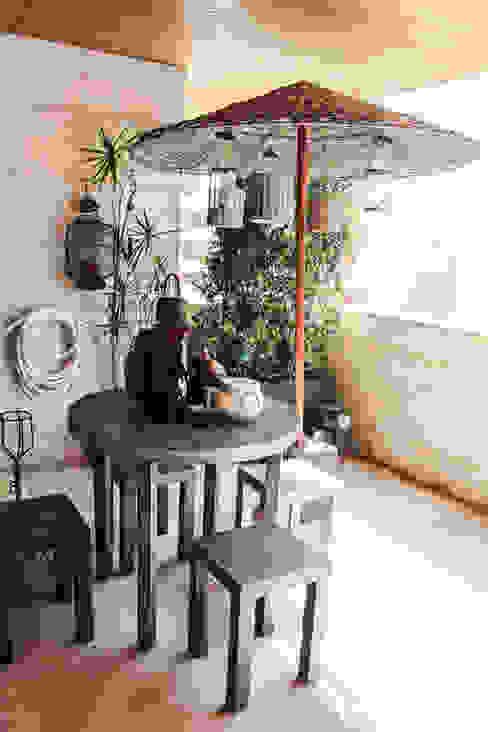 Balcon, Veranda & Terrasse rustiques par Gavetão- Decoração de Interiores Rustique