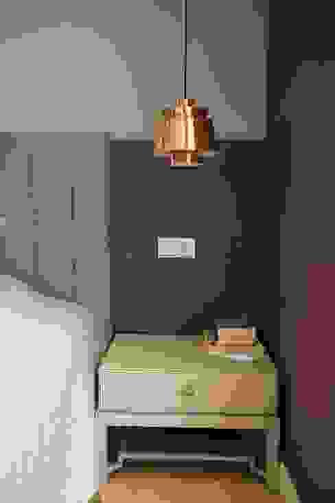 SNC HOUSE Esra Kazmirci Mimarlik Modern style bedroom