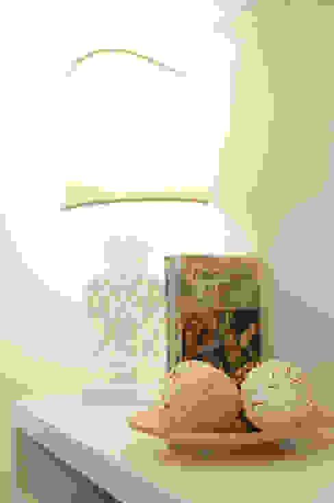 DETTAGLI ARREDO di Loredana Vingelli Home Decor Classico Legno Effetto legno