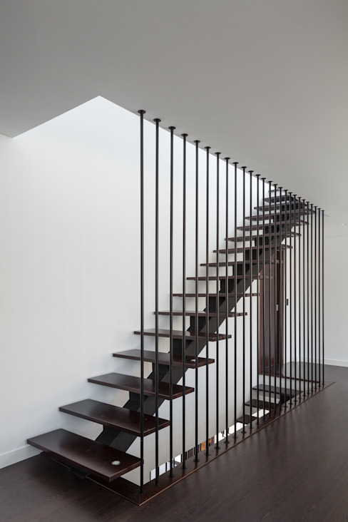 Ingresso, Corridoio & Scale in stile moderno di JPS Atelier - Arquitectura, Design e Engenharia Moderno