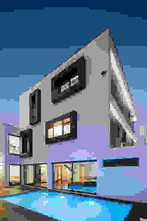 JPS Atelier - Arquitectura, Design e Engenhariaが手掛けた家, モダン