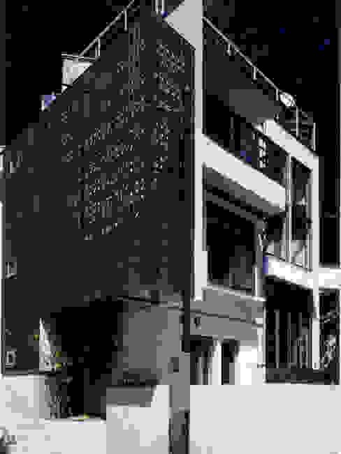 豊田空間デザイン室 一級建築士事務所 Casas de estilo ecléctico Madera Acabado en madera