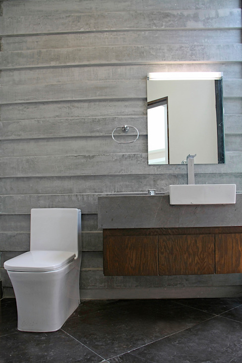 Bathroom by Narda Davila arquitectura,