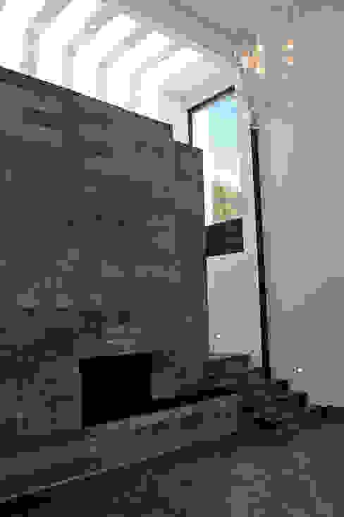 Chimenea: Salas de estilo  por Narda Davila arquitectura, Moderno Mármol