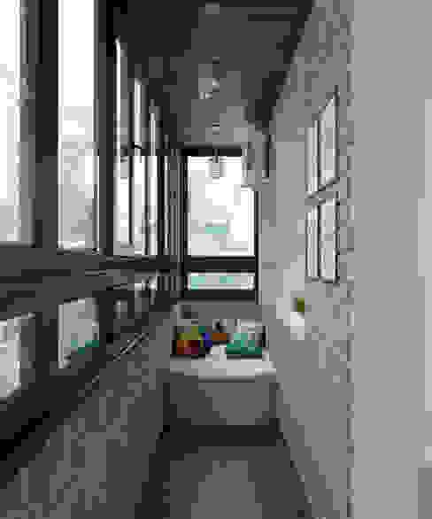 Balcones y terrazas minimalistas de Студия дизайна Виктории Силаевой Minimalista