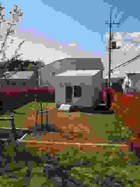 Casas de estilo minimalista de 筒井公一建築研究室一級建築士事務所 Minimalista